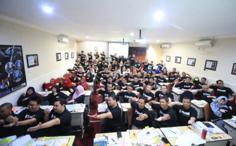 suasana-kegiatan-workshop-grounded-execution-training-led-by-coach-dr-fahmi (13)
